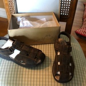 Size 3 W stride rite angler brown leather sandal